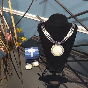 Jewelry - Sumatran Ratu Necklace n Earrings